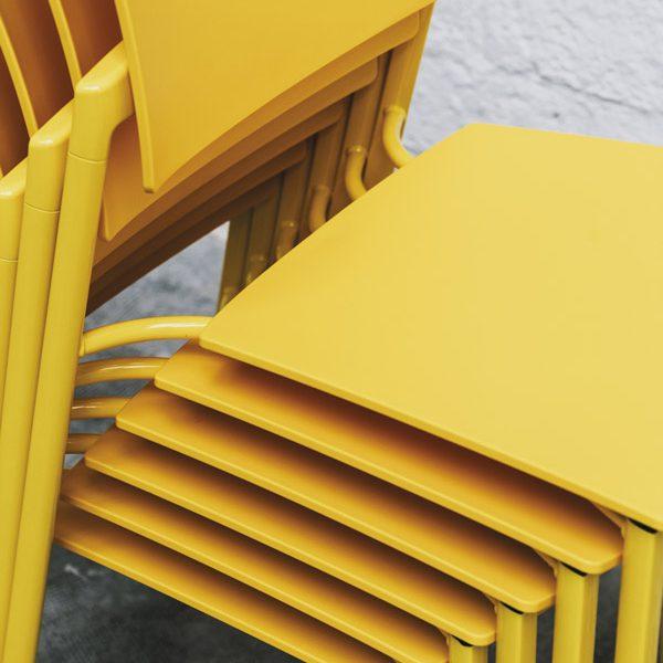 8 sillas ideales para espacios multiuso